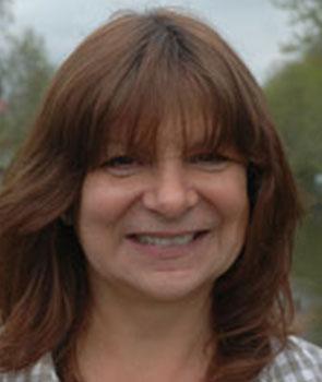 Mrs Jill Hood